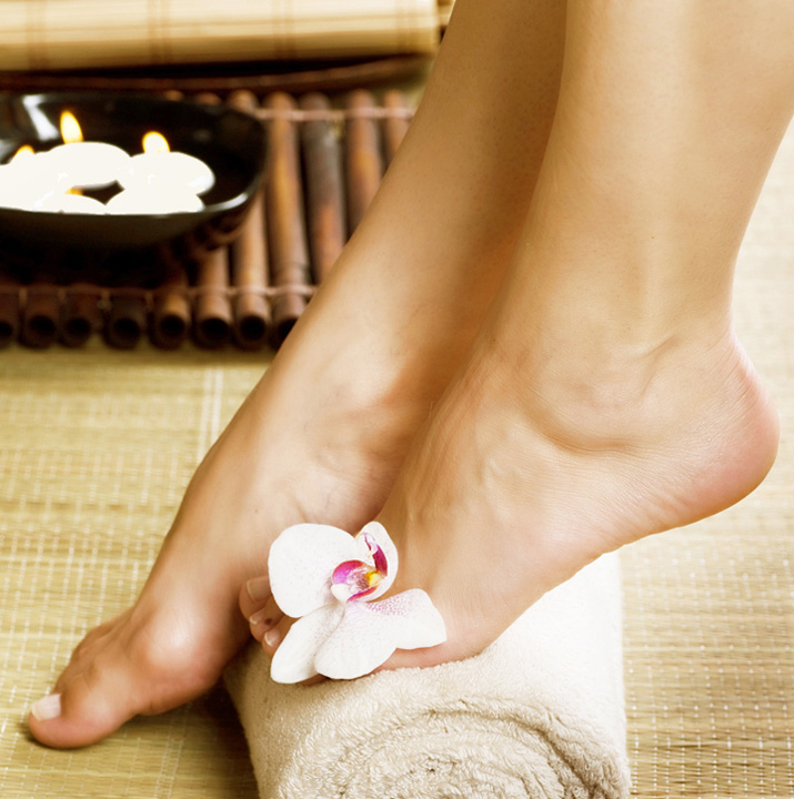 Pedicure with Paraffin Treatment